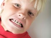 От чего скрипим зубами по ночам?